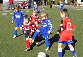 Fußball Spielen Lernen